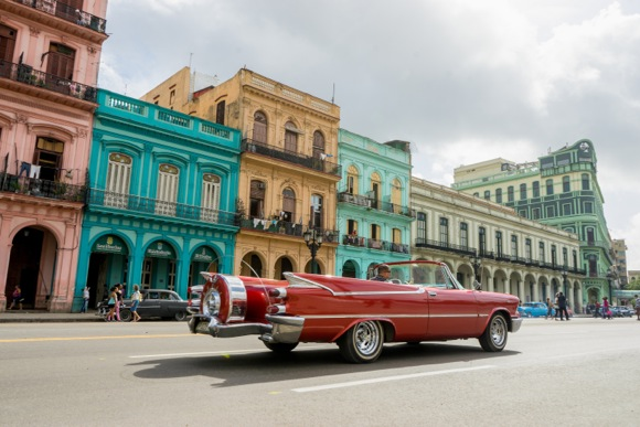 "Post image for Betsy Sergeant Snow travels to Cuba with cameras in hand – and ""oh those cars!"""