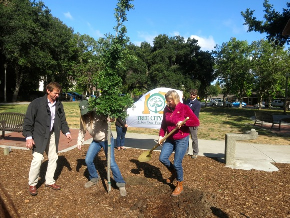 Post image for Spotted: Tree planting in Fremont Park in celebration of Arbor Day