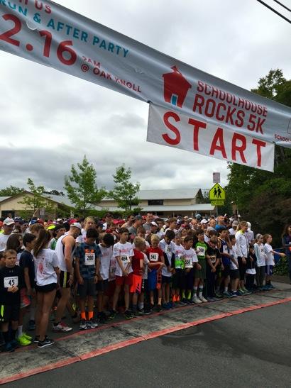 Schoolhouse Rock run raises money for Menlo Park schools Sunday morning