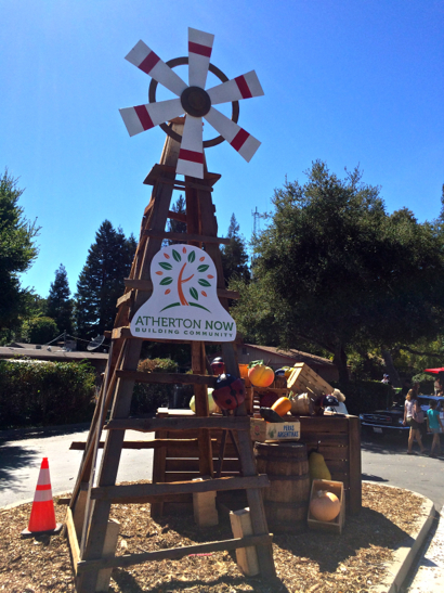 Atherton hosts Family Faire and Farmers' Market on a hot autumn day