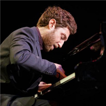 Post image for Jazz pianist Benny Green in solo performance at M-A PAC on Nov. 11