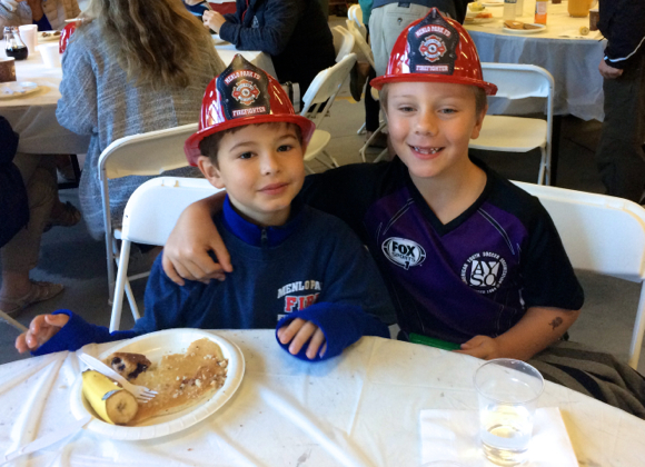 Post image for Fun for all ages at the pancake breakfast at Menlo Park Fire District headquarters