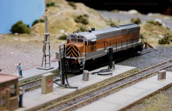 Post image for West Bay Model Railroad Association holds its annual open house on Dec. 3 & 4
