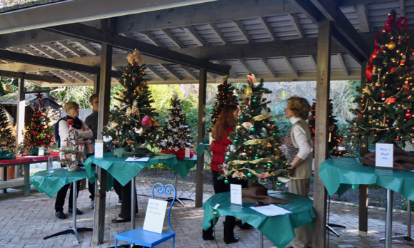 Kick off to the holidays continues all day on Saturday in Menlo Park