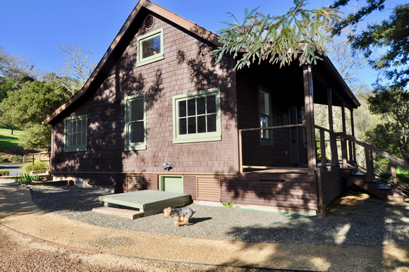 Post image for Intriguing history of the little wooden house in Portola Valley's Blue Oaks neighborhood