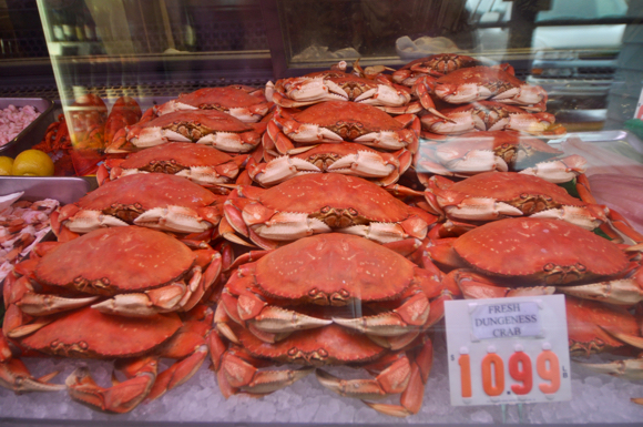 Post image for Spotted: Lots of crab at Cook's Seafood in Menlo Park