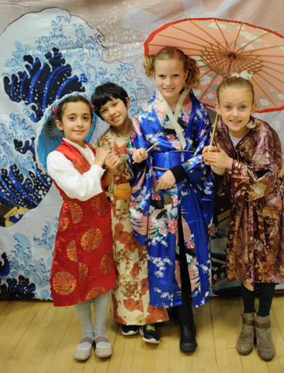 Encinal girlsl in Japanese costumes - 1