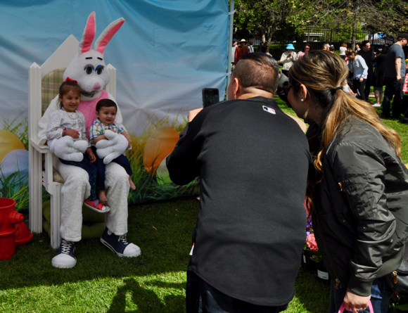 Post image for Did all of Menlo Park's 5 and under set turn out for the Burgess Park egg hunt and festivities?