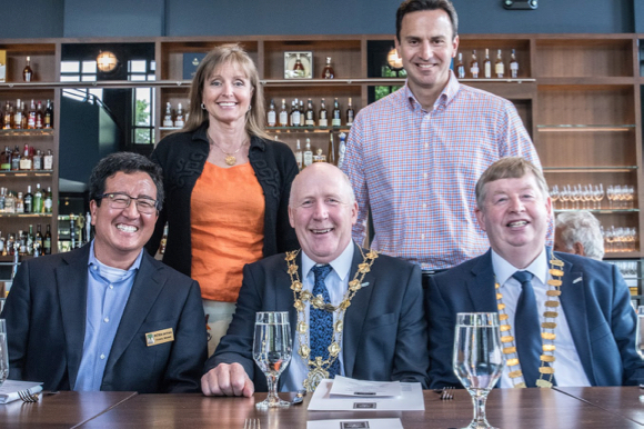 Post image for Mayors from Menlo Park's Sister City, Galway City, pay a visit and lunch at British Banker's Club