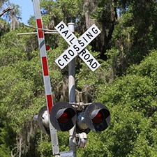 Post image for Ravenswood railroad crossing community meeting set for Wednesday, June 7