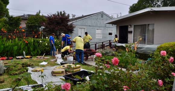 Post image for Three homes in Belle Haven get needed repairs and updating with help of Rebuilding Together and Facebook volunteers