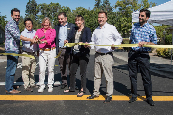 It's a wrap – Santa Cruz Avenue sidewalks are complete
