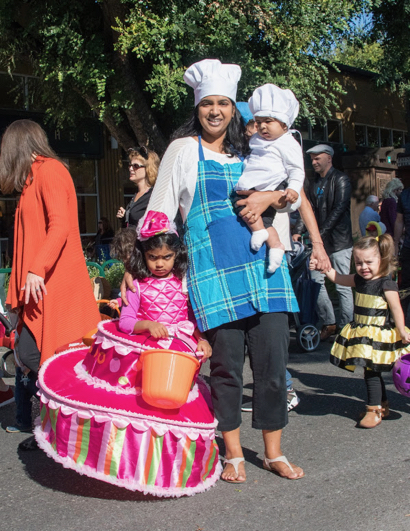 Kids come out in costumes for Halloween Hoopla in downtown Menlo Park
