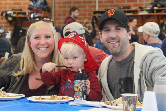 Post image for Annual Pancake Breakfast at Menlo Park Fire District headquarters set for Oct. 6