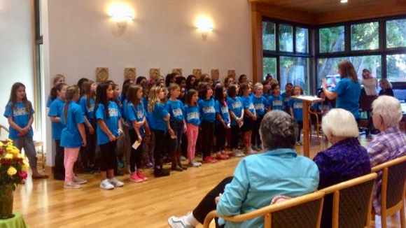 Post image for Spotted: Laurel School Chorus serenading the Sisters at Oakwood Retirement Center