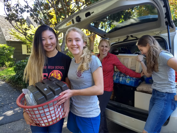Post image for Spotted: Leo teens delivering needed supplies to North Bay fire victims