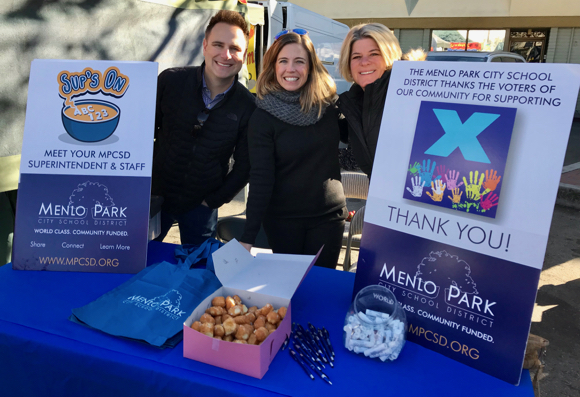 Post image for Spotted: Menlo Park school district administrators at Farmers Market