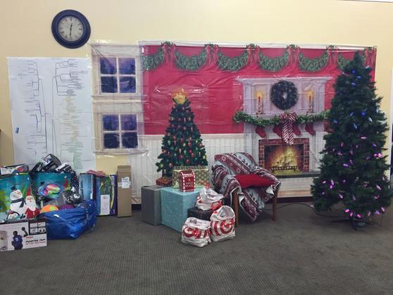 Post image for Ravenswood School District toy drive for holiday party is underway through Dec. 14