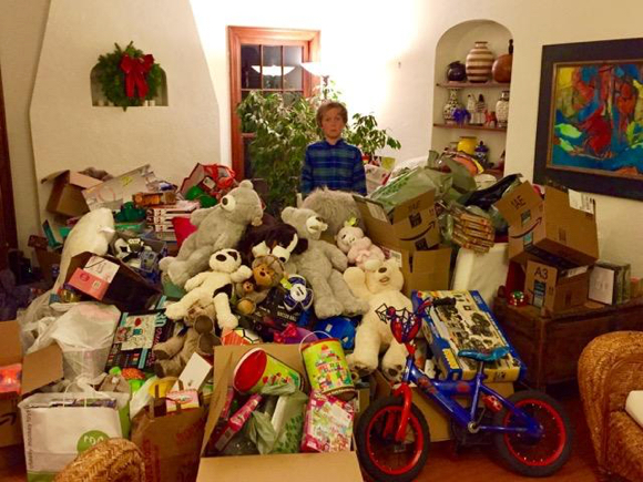 Toy drive for Ravenswood students extended — 1 more day to help!