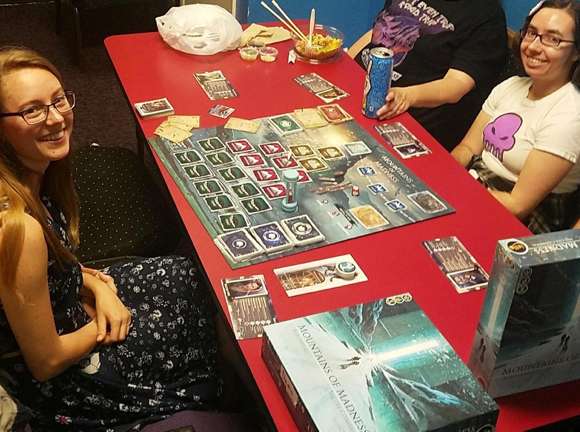 Afternoon of gaming and snacks on January 2 at the library – for teens only!