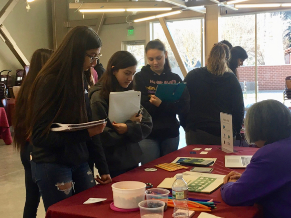 Wombat Club reaches out to AVID students when hosting Stem Fair at Menlo-Atherton High School