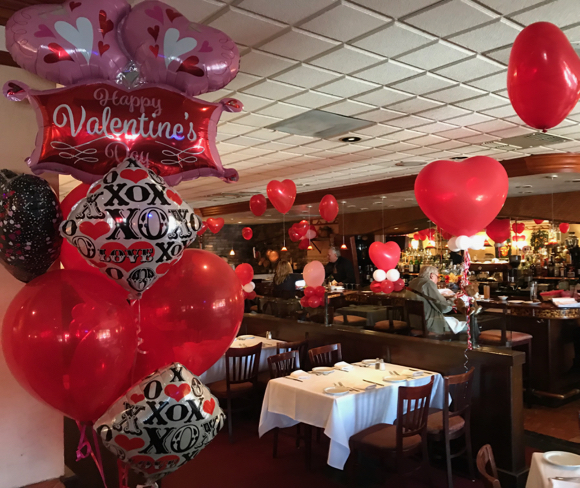 Post image for Spotted: Valentine's Day balloons at Carpaccio's