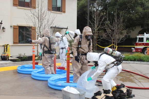 Post image for Noxious chemical smell – first suspected as meth lab – at VA Campus in Menlo Park sickens three workers