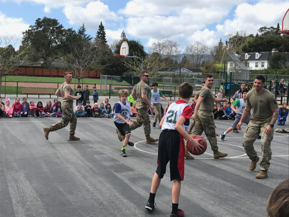 Post image for Spotted: 101st Airborne Troop visiting Encinal Elementary School in Atherton
