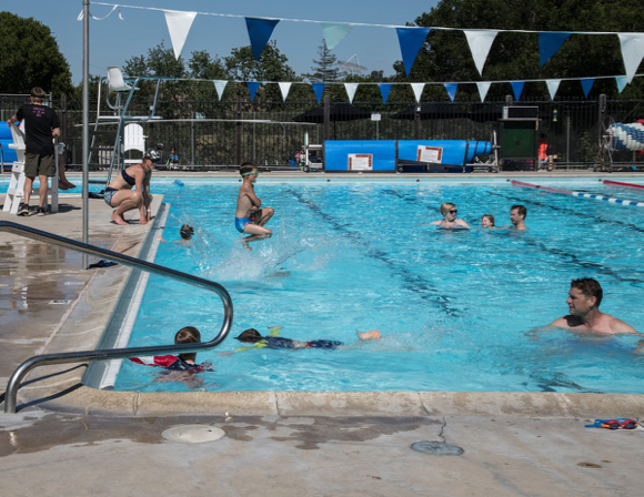 Ladera Recreation District offers swim, tennis and more in a family-friendly atmosphere