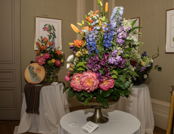 Post image for Filoli kicks off the its summer season with 30th annual flower show