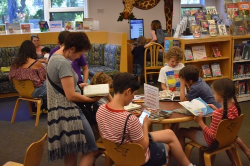 Post image for Enrichment programs for grade schoolers continue at Menlo Park Library