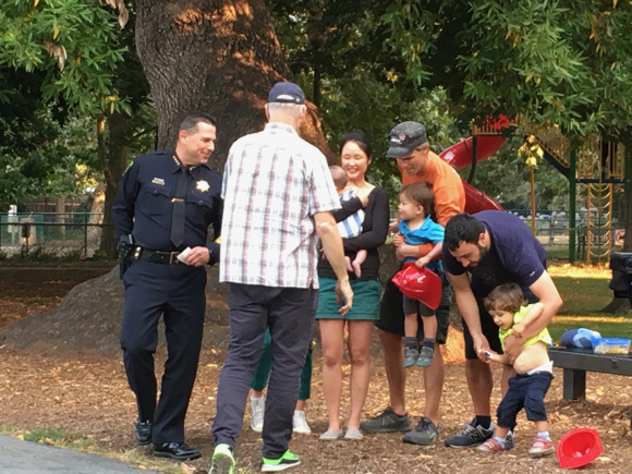 Post image for Spotted: Good fun at National Night Out event at Willow Oaks in Menlo Park