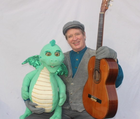 Post image for Randel McGee brings his dragon puppet to Menlo Park on Aug. 26