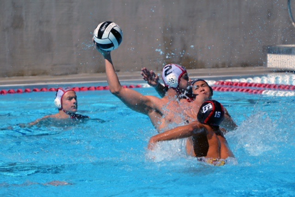 Post image for Spotted: Sacred Heart Prep boys varsity water polo in action
