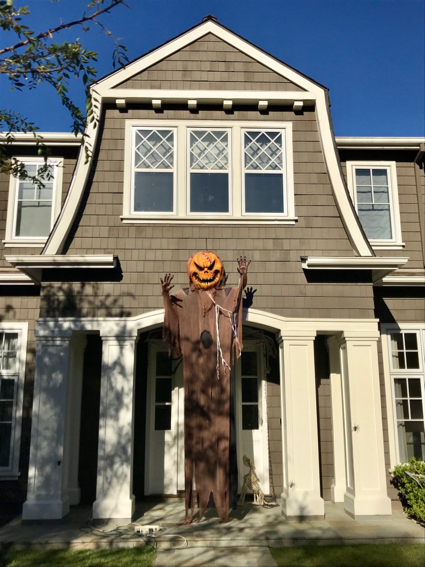 Spotted: Scary giant pumpkin goblin in Menlo Park