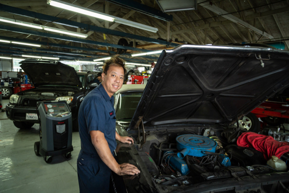 Post image for M&R Automotive celebrates 50 years in Menlo Park