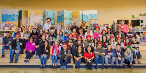 Ravenswood students and families celebrate early holiday thanks to huge community response