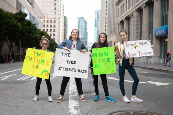 Girls from La Entrada School in Menlo Park take part in Women's March