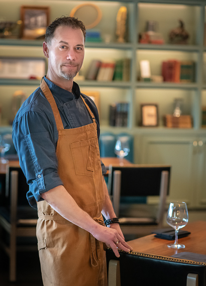 Chef Jason Dalling heads the kitchen at new Menlo Tavern