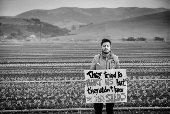 "Menlo Park-based photographer Mark Tuschman unveils ""Immigrants are US"""