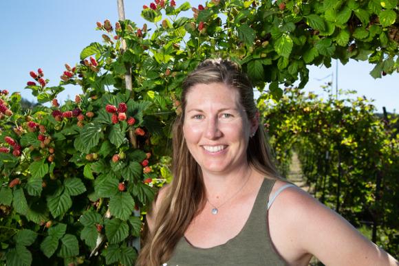 Talking berry varieties with Atlee Frechette at Webb Ranch with U Pick now open