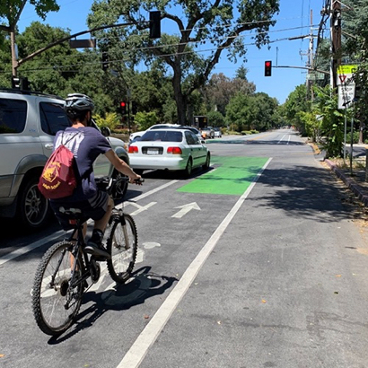 Bicycle safety improvements in downtown Menlo Park completed