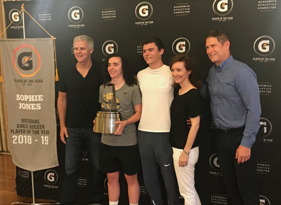 Menlo School grad Sophie Jones named Gatorade National Girls Soccer Player of the Year