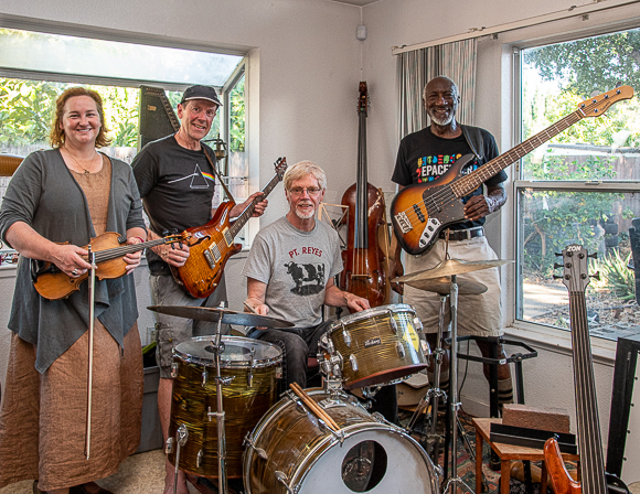 Bert Keely and band perform a deep dive into Stanford & psychedelia at Angelica's