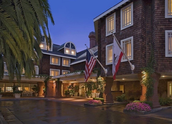 Two Menlo Park hotels ranked among best in northern California by Condé Nast Traveler