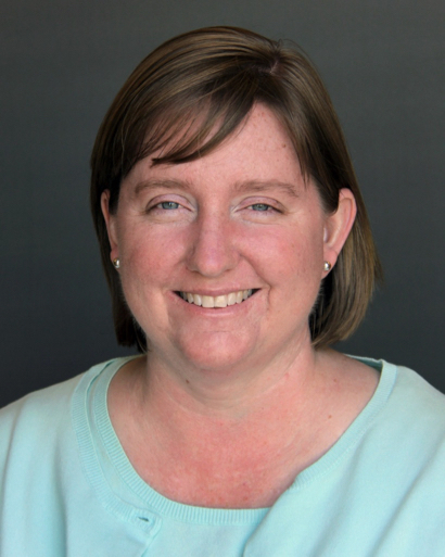 Christy Heaton receives award for excellence in teaching economics