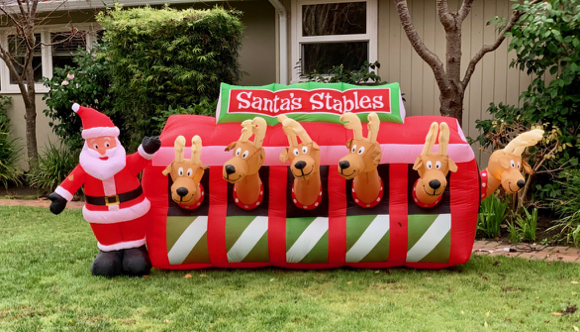 Spotted: Santa and reindeer ready to roll on Christmas Eve