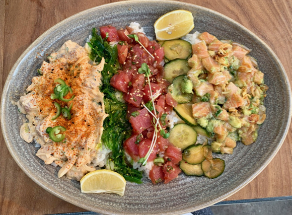 Pacific Catch is new dining option that Menlo Park residents can walk or bike to