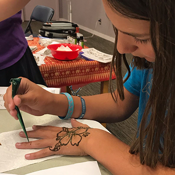 Teens – express yourself with henna at two events