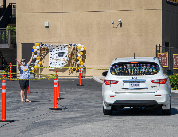 Menlo-Atherton High School seniors celebrate with car parade across campus